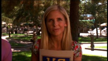 Sarah Michelle Gellar is Barbara Streisand